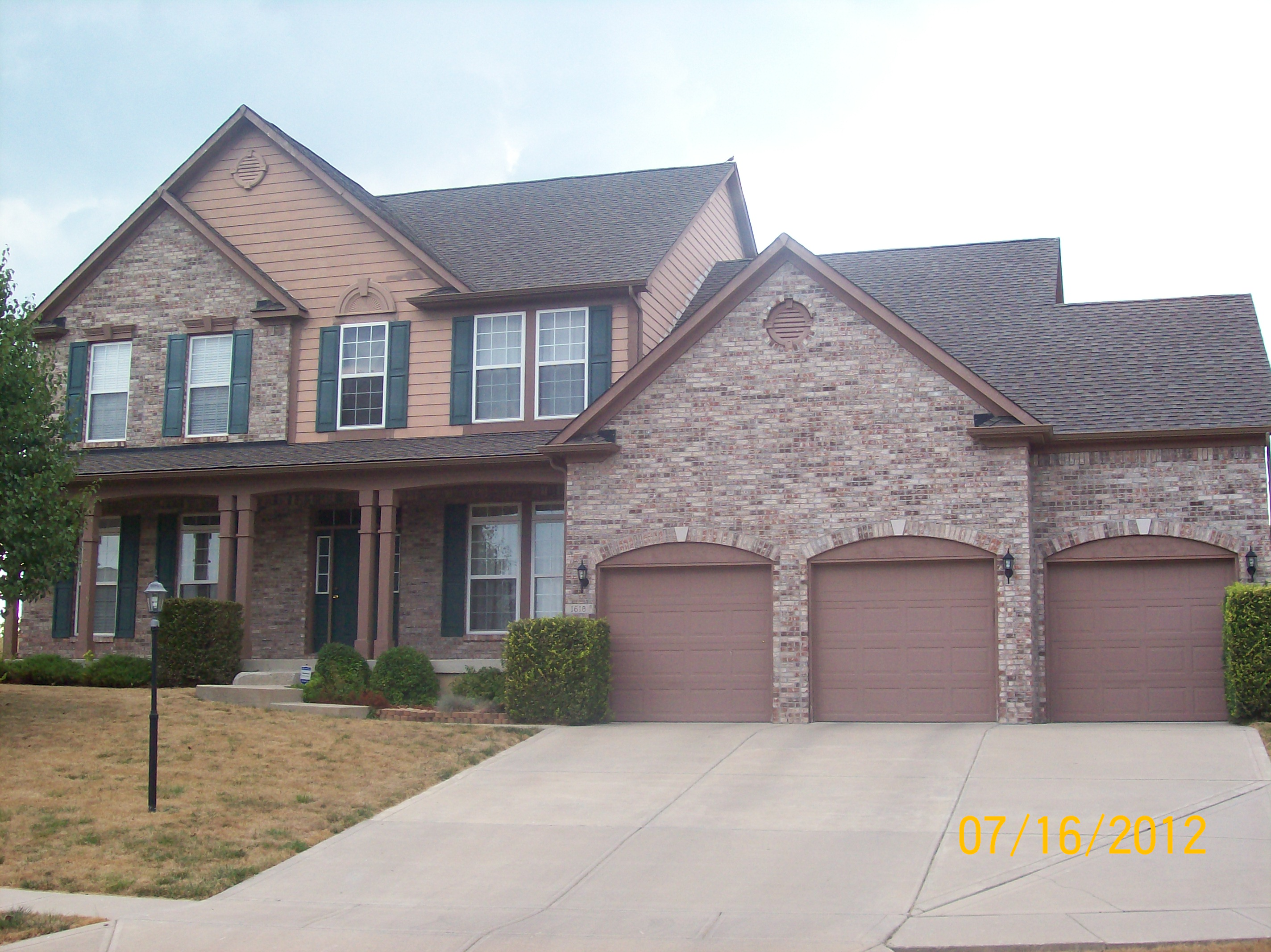 House cleaning exterior its about time house cleaning indianapolis - Exterior home cleaning ...